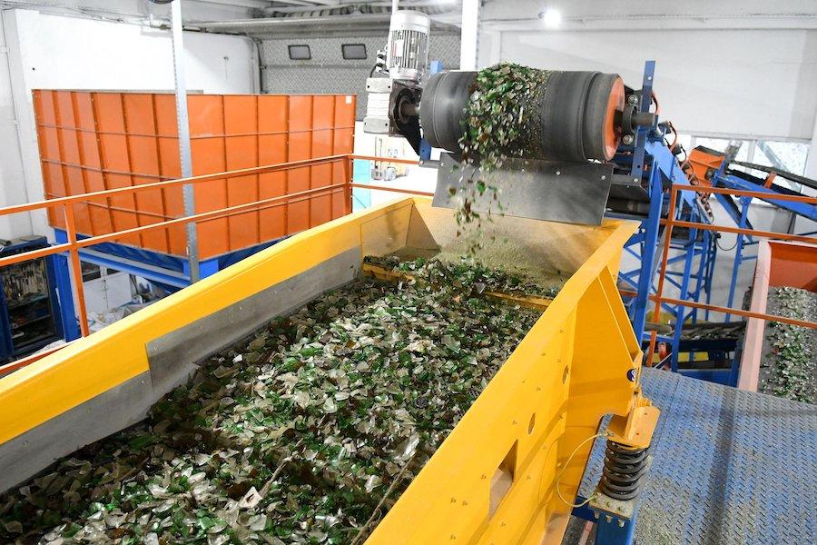 Утилизация и переработка стекла